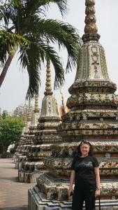 Lisa at Wat Pho