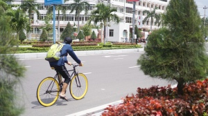 Fixie on the streets of Quy Nhon